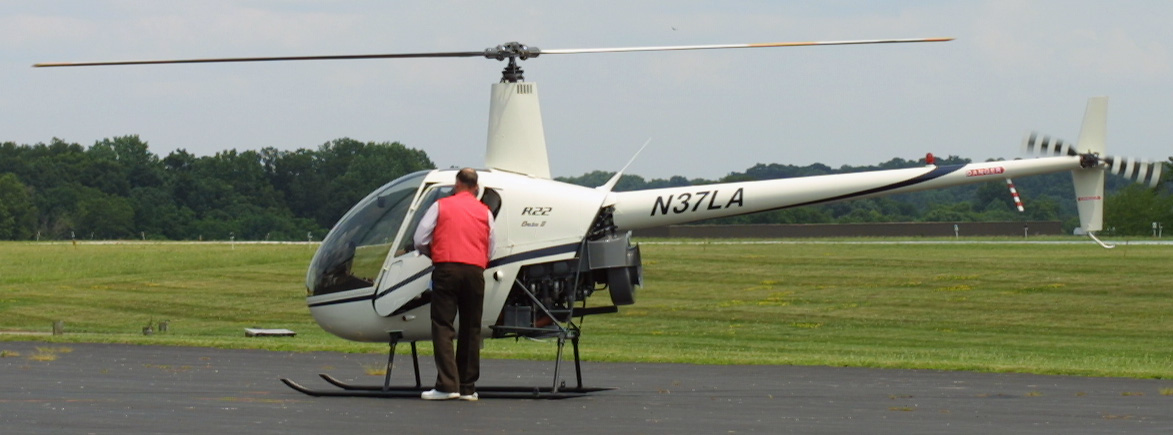 R22 idling on the ground